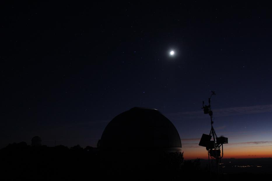 Sagittarius over a dome at Kitt Peak.